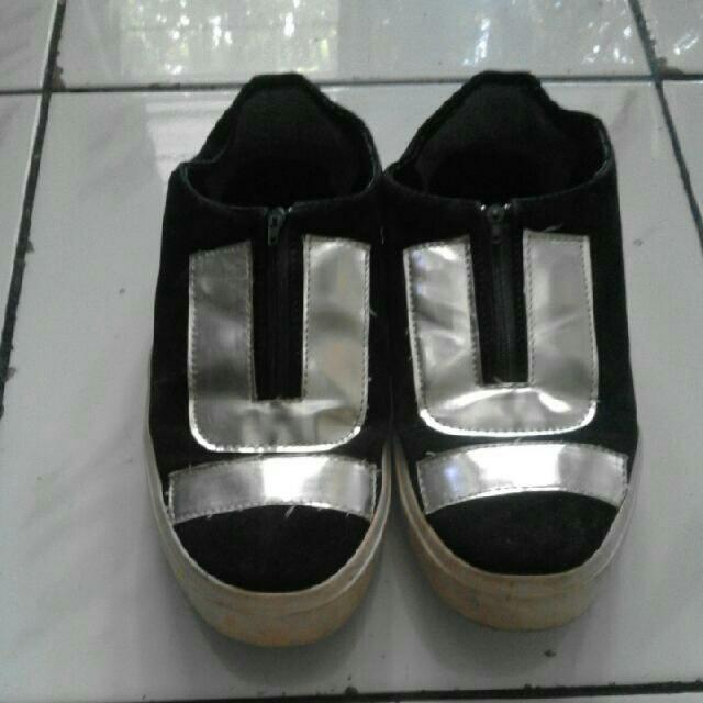 sepatu wanita m2m