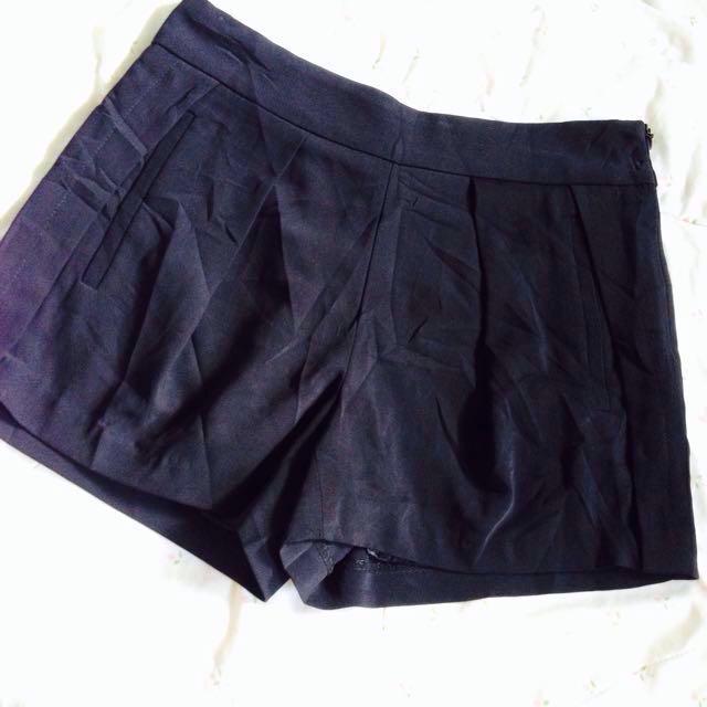 Collncos High Waist Short