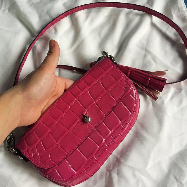 Fino small sling bag