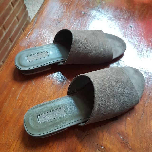 FOREVER21 Army Green Mules