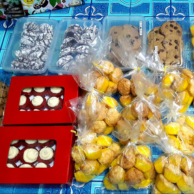FRESHLY BAKED GOODIES FOR SALE!!!! ❤