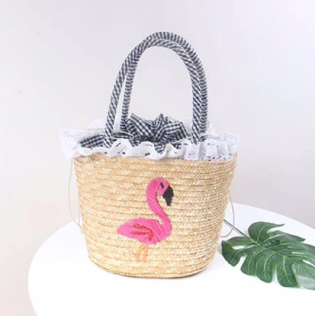 ins風時尚搭配手工刺繡火烈鳥編織沙灘包新款日森系草編格子包