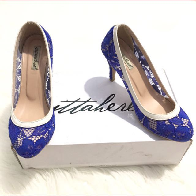 Ittaherl blue lace shoes