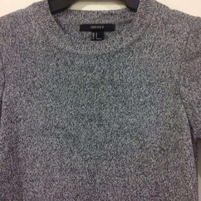 Long Sleeves Sweater Dress w/ slit