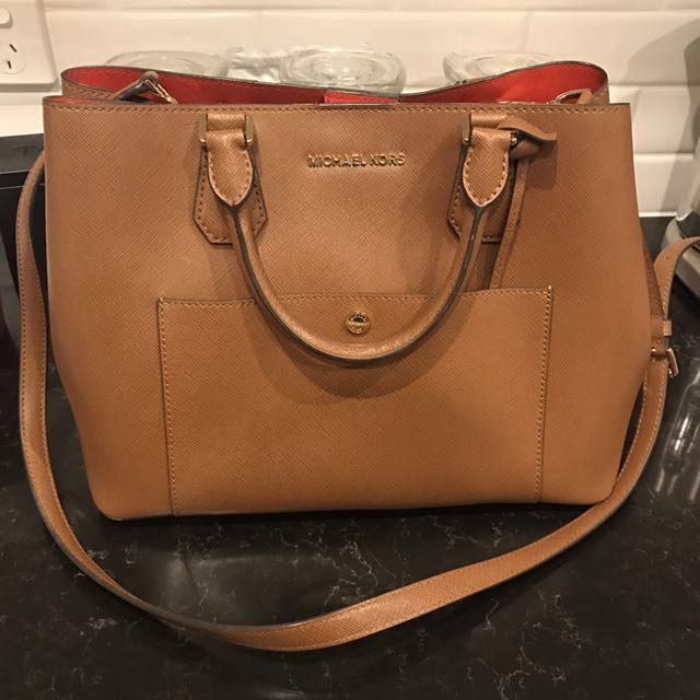 Michael Kors handbag tan