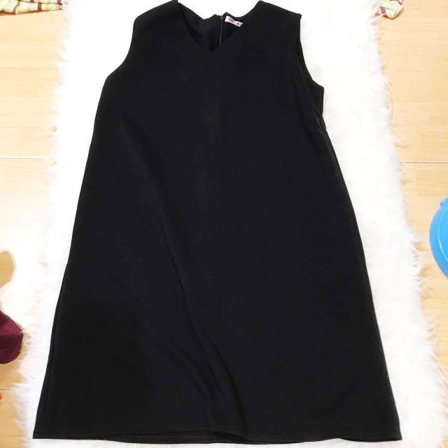 New Black V Dress
