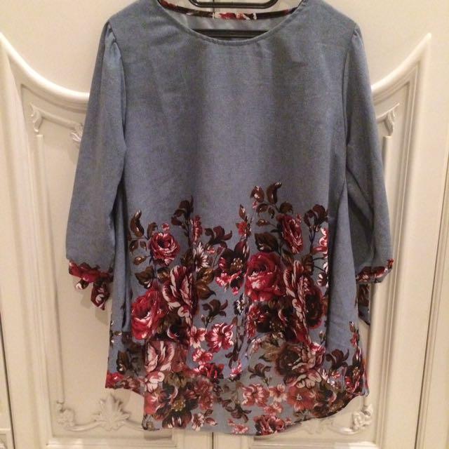 NEW: Grey Flowers Blouse