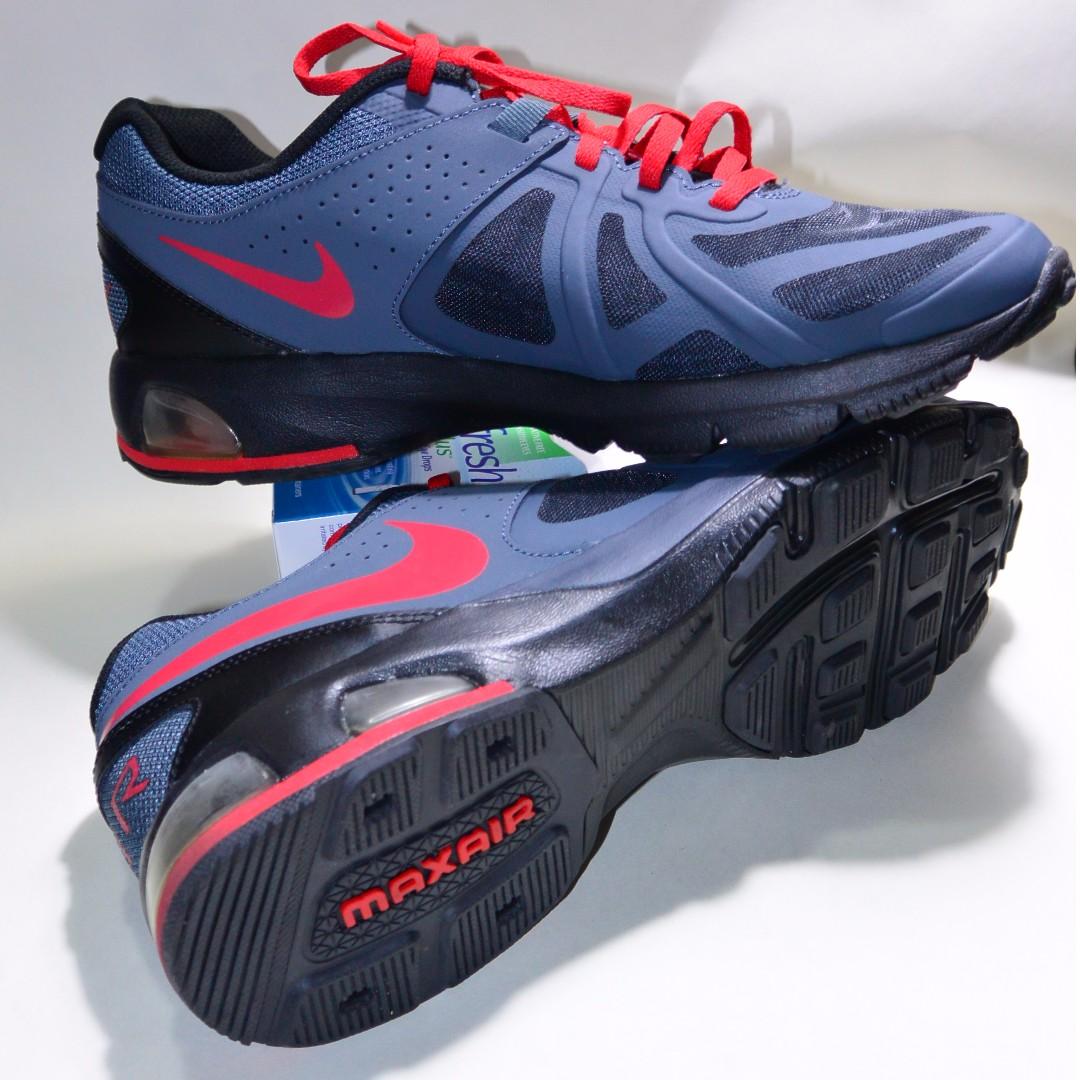 ca465bb2bd2e6 Nike Air Max Run Lite 5, Men's Fashion, Footwear on Carousell