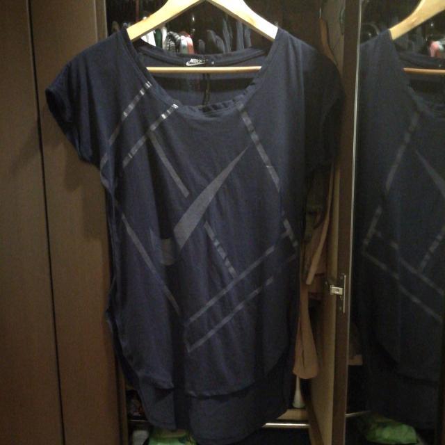 Nike Long Back Shirt