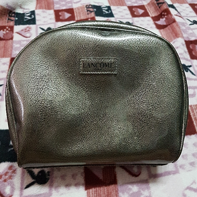 **EARLY HOLIDAY ALERT SALE**original Lancome beauty pouch/bag