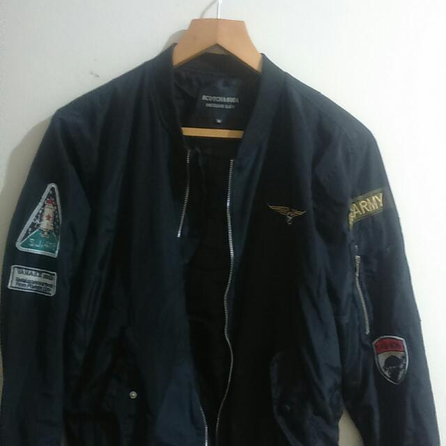 Preloved Bomber Jacket Used Once Fit To Small And Medium (surplus)
