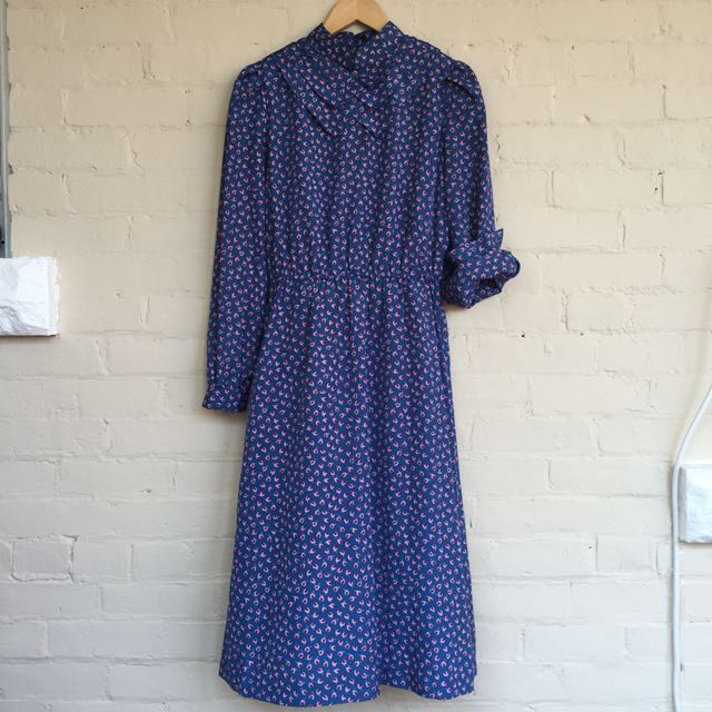 Printed silky fabric dress