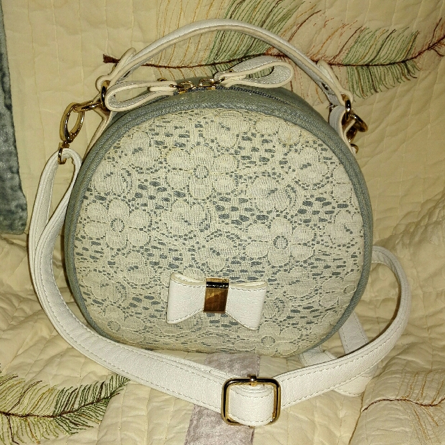 Round denim sling bag