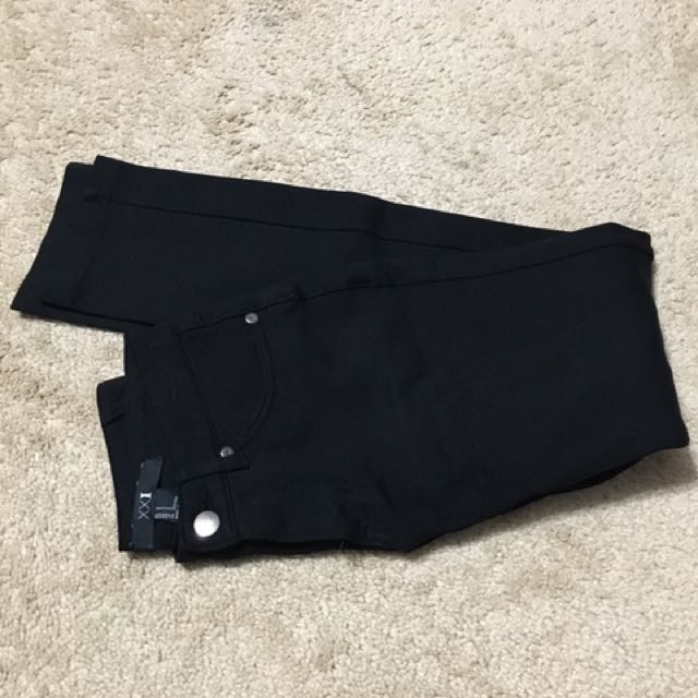 Size S black jeggings