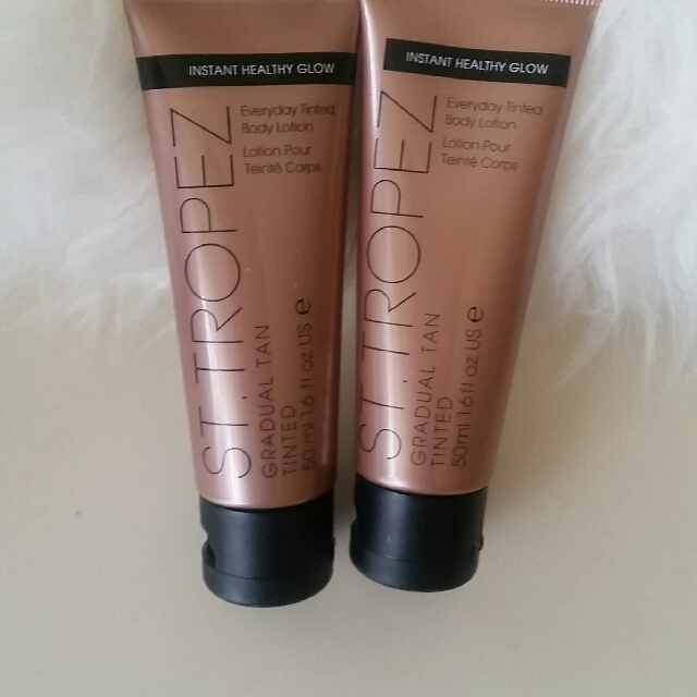 St Tropez everyday tinted body lotion x2