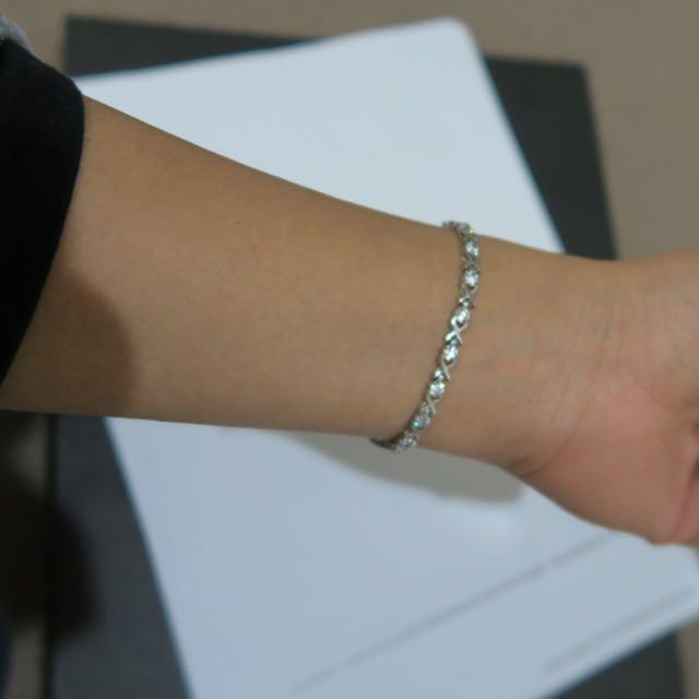 Sterling Silver Hugs And Kisses Bracelet