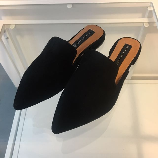 Steve Madden black shoes size 8