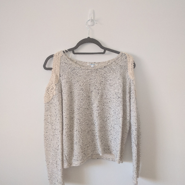 Valley Girl Cold Shoulder Pullover