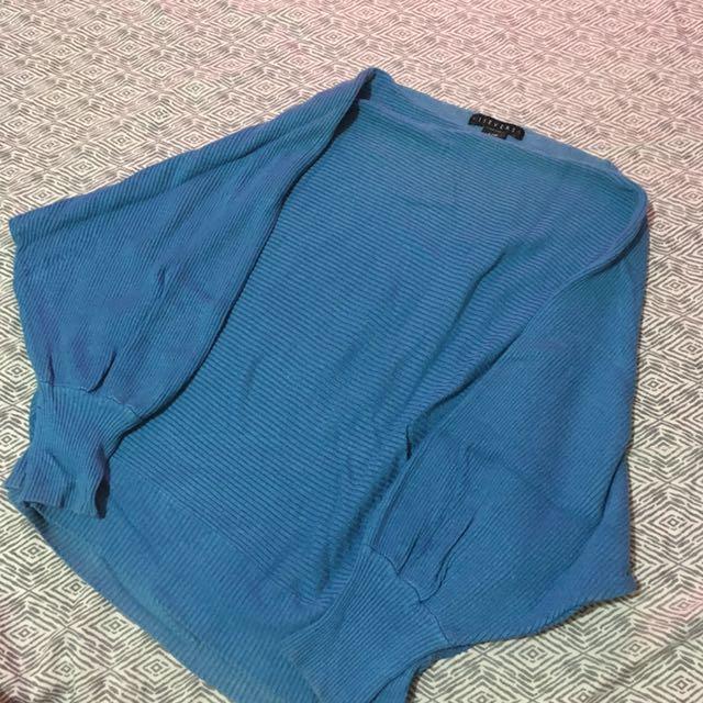 VICE VERSA Knit Top