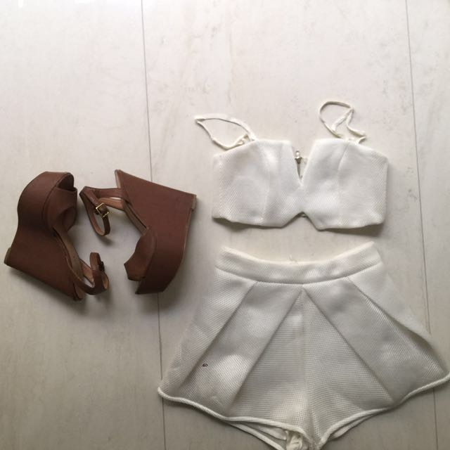White set and wedges