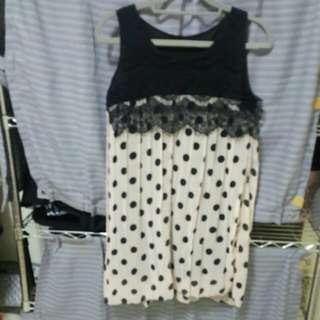蕾絲雪紡長版上衣,可當洋裝