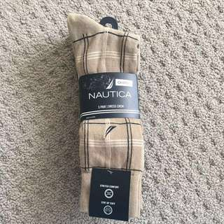 *New* Nautica 5 pair dress crew socks
