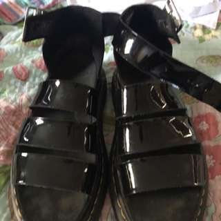 Dr Marten Clarissa sandals
