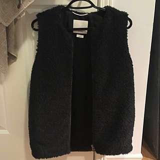 Aritzia Chatou Vest