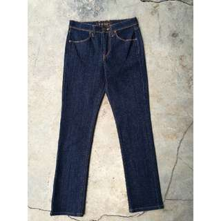 Uniqlo Skinny Fit Jeans (Size 28)
