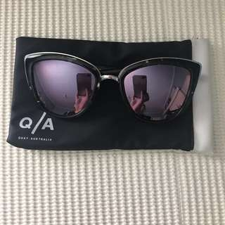 Quay My Girl Sunglasses (Black Tort/Pink)