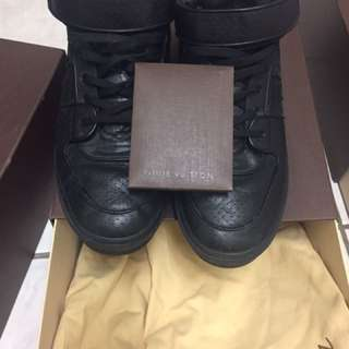 Louis Vuitton size 13