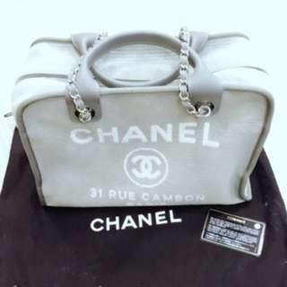 Chanel deauville medium Boston