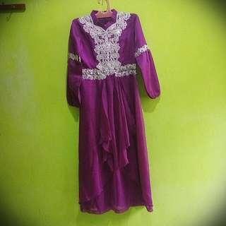 Gaun Pesta (Freeong)