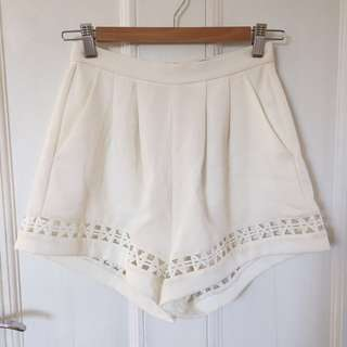 Sheike White Shorts
