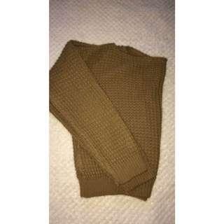 Camel cropped knit