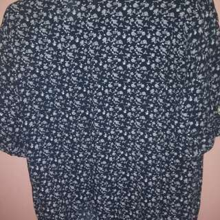 Floral Blouse small to medium