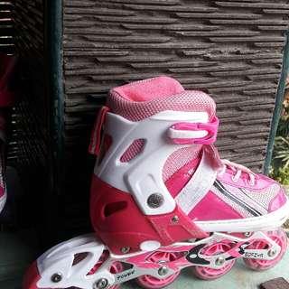 Sepatu Roda Anak Perempuan