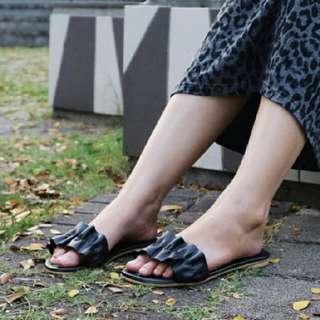 Nena Flat - Sandals