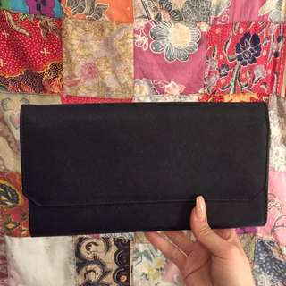 Kikki K black travel wallet