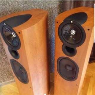 KEF Q7 Floor Standing Speakers