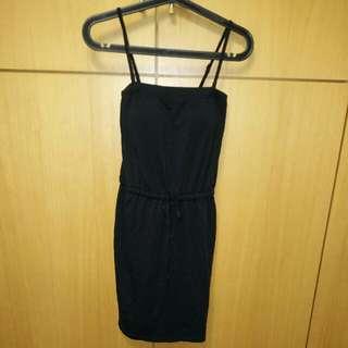 全新 UNIQLO木代爾附罩杯連身黑裙M號