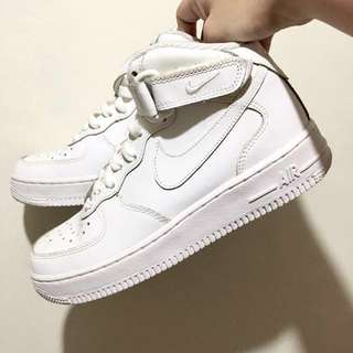 [NEVER USED] AUTHENTIC Nike Air Force 1