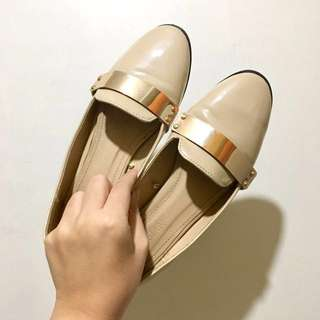 [USED TWICE] AUTHENTIC Parisian Beige Flats