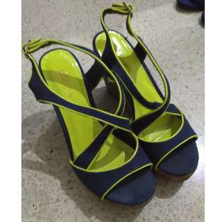 BELLAGIO SHOES neon blue wedges
