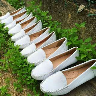 Clarks Casual Basic (White)