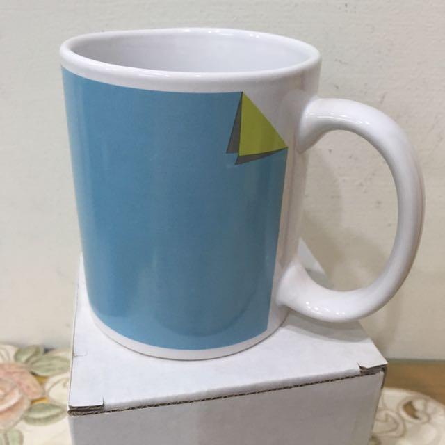 水藍色質感馬克杯