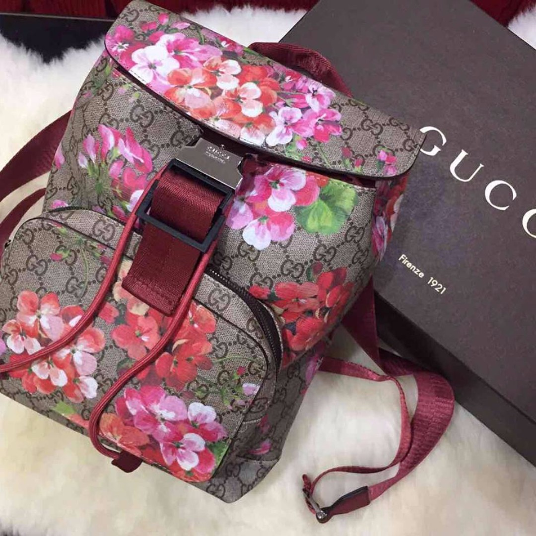 c68111008cc AUTHENTIC GUCCI Backpack SAKURA Printed AVAILABLE AND ONHAND ...