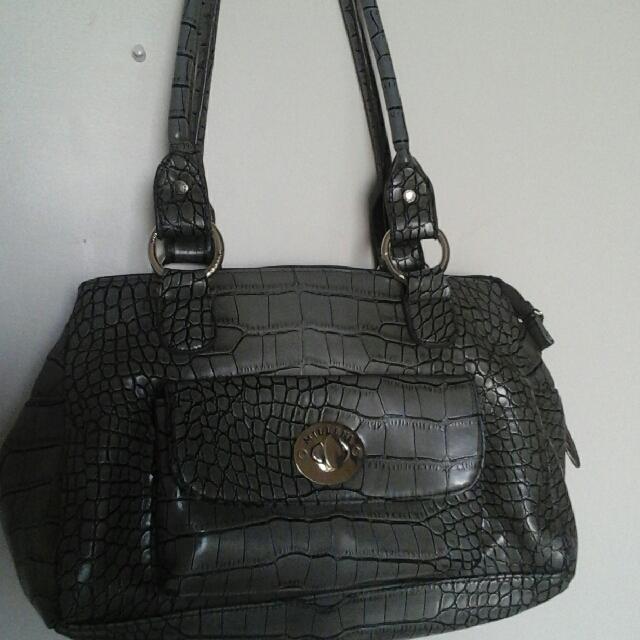 beautiful snake skin hand bag .Free shipping