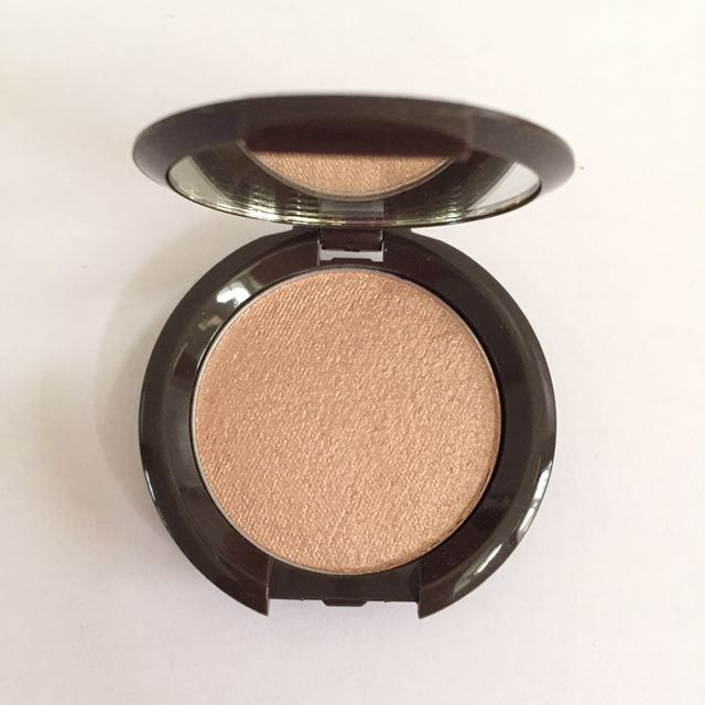 Becca Highlighter in Shade OPAL (Travel Size 2.4 Gram)