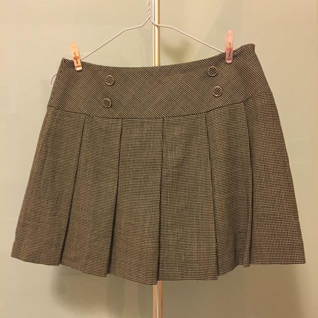 BOSCH百褶裙 【所有衣服 #第二件半價 #三件六五折】